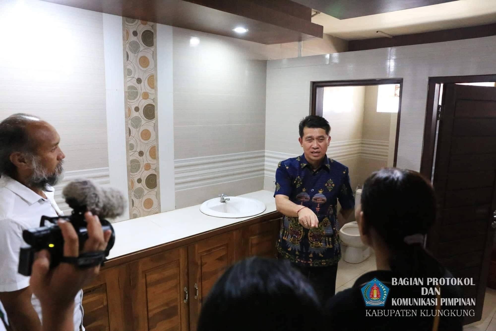 Bupati Geram, Fasilitas Toilet Balai Budaya Dicuri Orang